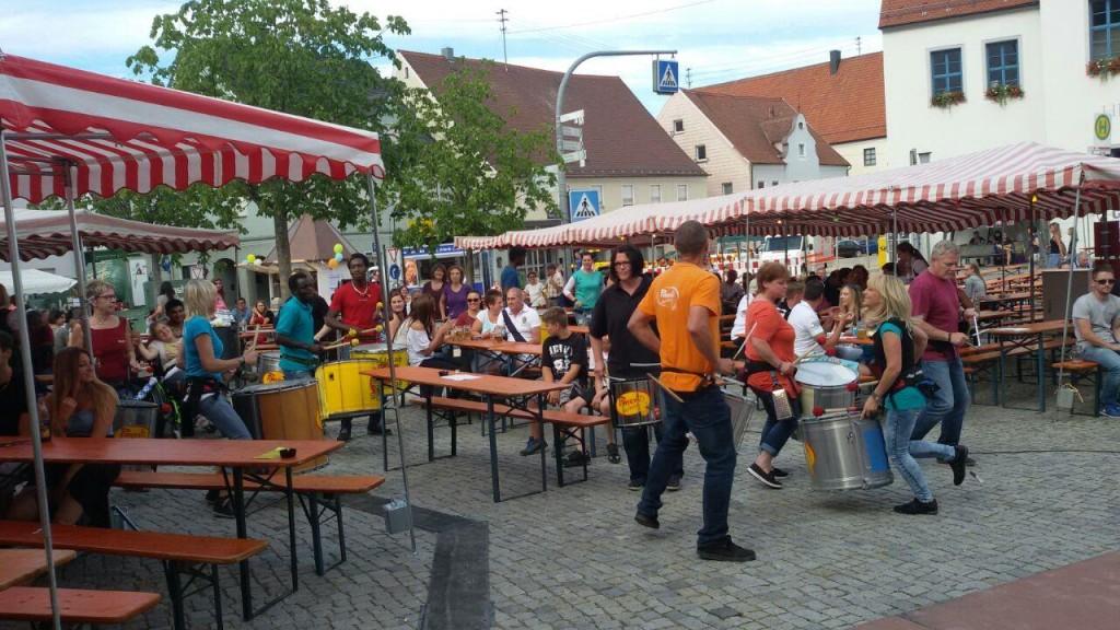 +2015-07-26 Pimento Höchstädt Stadtfest (20) (Mittel)
