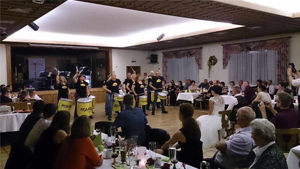 Pica-Pau und Fuego Dance Company Hochzeit Biburg