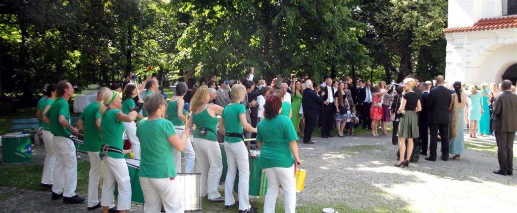 Hochzeit - Begleitung von der Kirche zur Feier