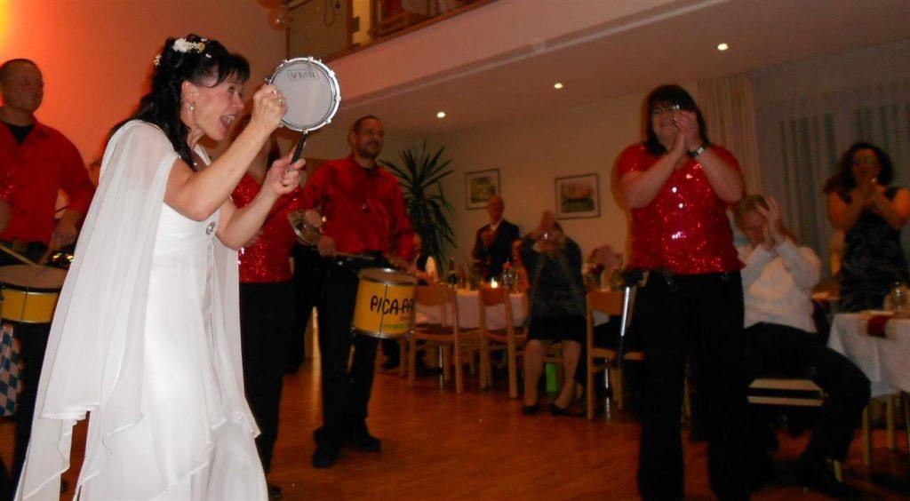 Hochzeit - Die Braut trommelt