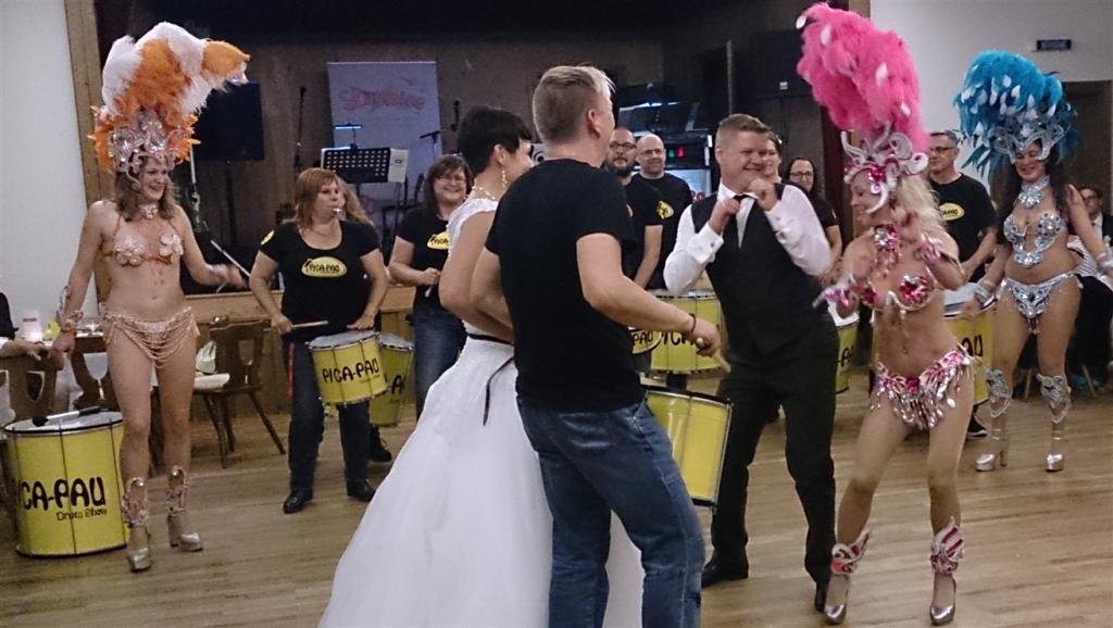 Hochzeit - Sambatanzschritte für das Brautpaar