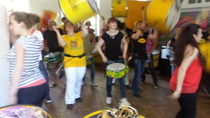 Uniao do Samba Frühlingsprobe Surdos oben +