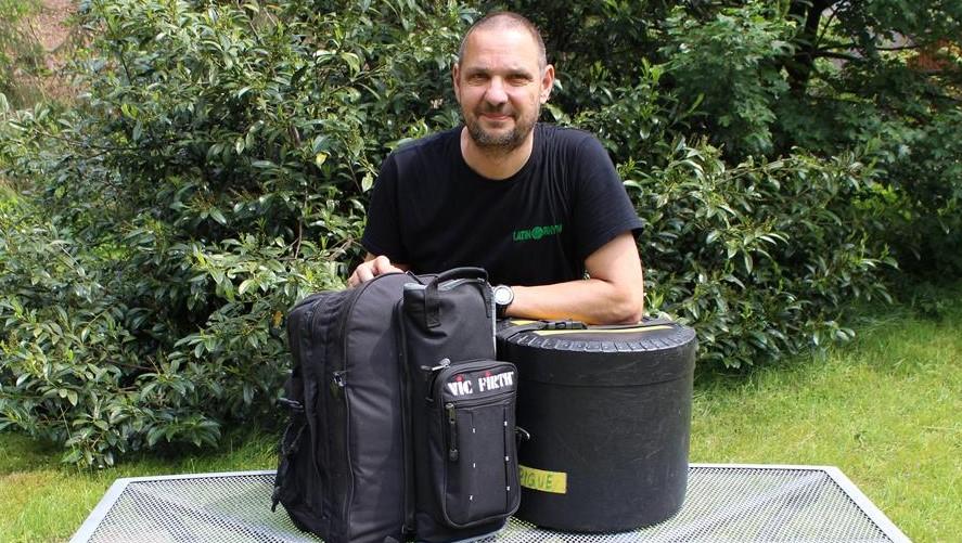 Ultimative Samba-Auftritts-Packliste - fertig gepackt