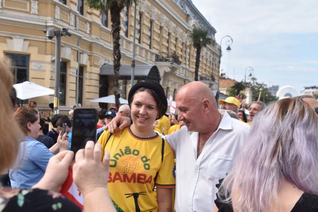 Uniao do Samba in Batumi mit Bürgermeister